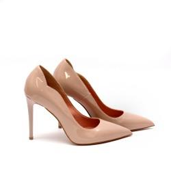 Дамски обувки от естествен лак бежови с ток - 63