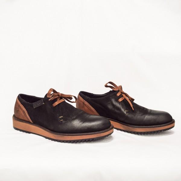 Мъжки ежедневни  обувки от естествен набук черни с връзки - 192