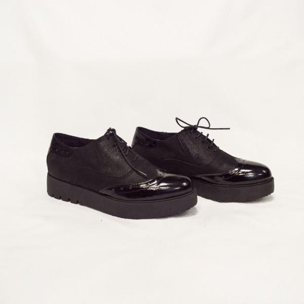 Дамски ежедневни обувки от естествена кожа и лак-1