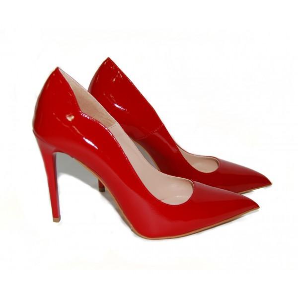 Дамски обувки от естествен лак червени с ток - 262