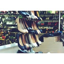 Как да разширим тесни обувки?